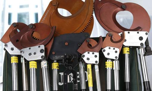 ¿Cuál es la diferencia entre los cortadores de cable de trinquete y las longitudes sin trinquete?