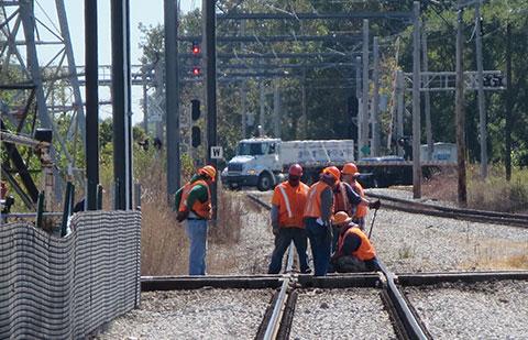 Ferrocarril, mina, tendido de cables