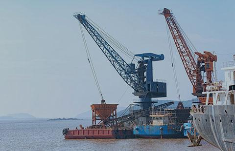 Industria naval, industria pesada, subestaciones